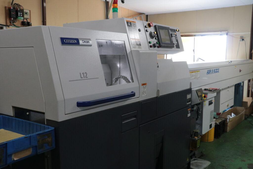 主軸台移動型CNC自動旋盤 L12